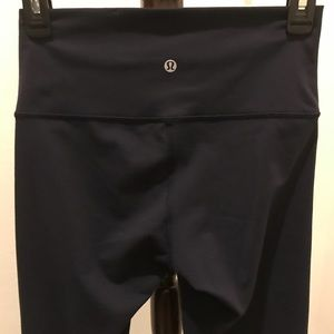LuLuLemon exercise leggings